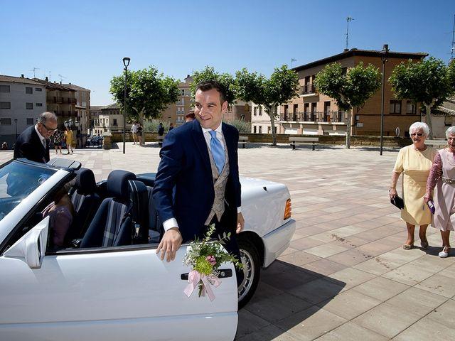 La boda de Javier y Pilar en Ejea De Los Caballeros, Zaragoza 34