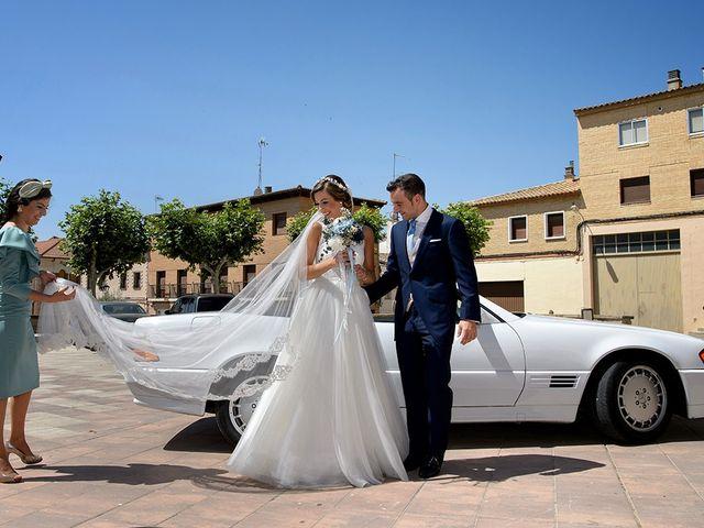 La boda de Javier y Pilar en Ejea De Los Caballeros, Zaragoza 42