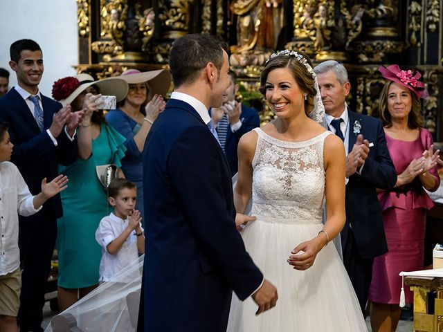 La boda de Javier y Pilar en Ejea De Los Caballeros, Zaragoza 54
