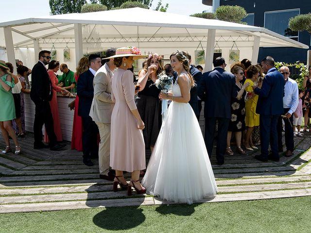 La boda de Javier y Pilar en Ejea De Los Caballeros, Zaragoza 68
