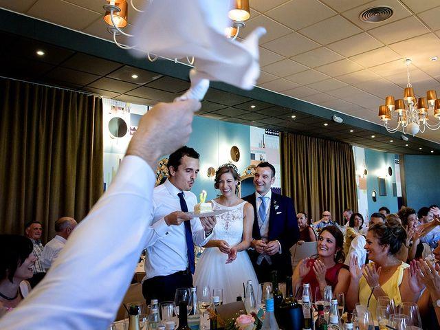 La boda de Javier y Pilar en Ejea De Los Caballeros, Zaragoza 80