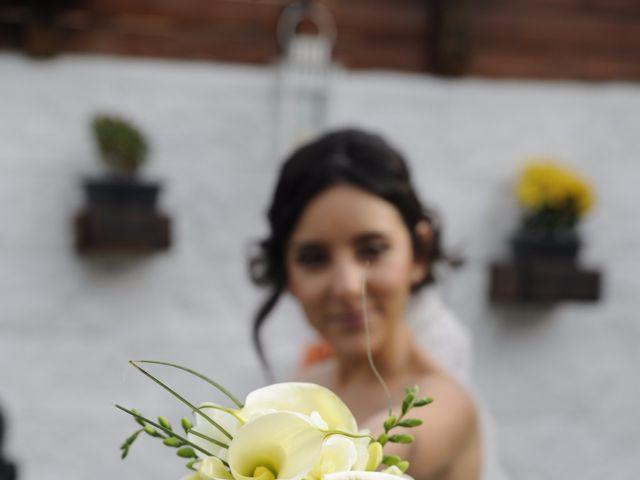 La boda de Javi  y Marta en Montornes Del Valles, Barcelona 23