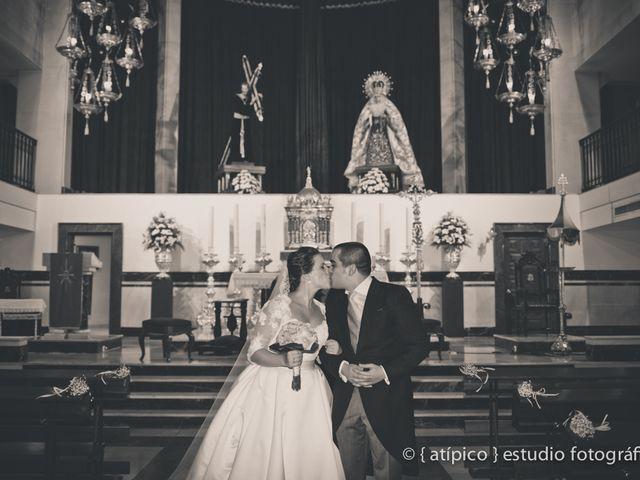 La boda de Pablo y Nieves en Málaga, Málaga 35