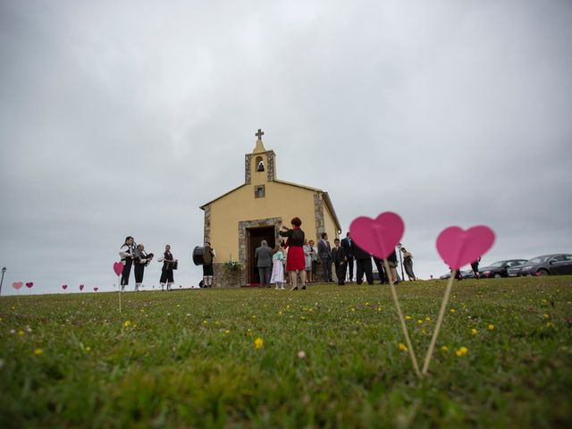 La boda de Nestor y Noelia en Castropol, Asturias 9