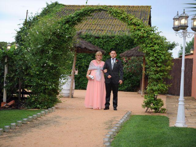 La boda de Jose y Anca en Pueblo Sant Climent De Peralta, Girona 15