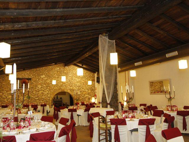 La boda de Jose y Anca en Pueblo Sant Climent De Peralta, Girona 28