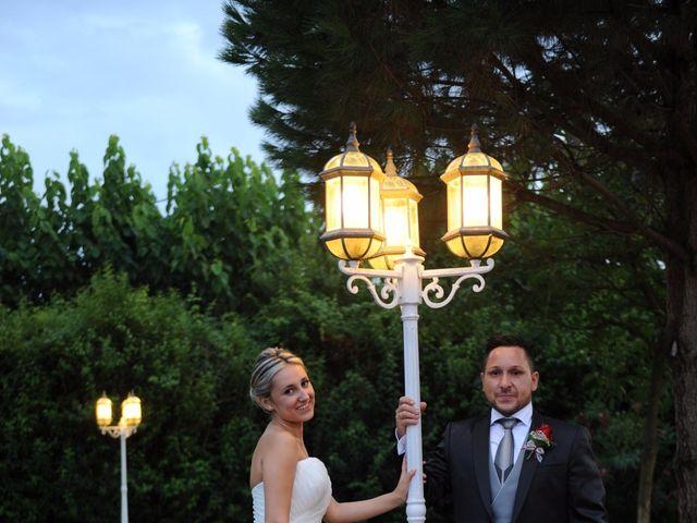 La boda de Jose y Anca en Pueblo Sant Climent De Peralta, Girona 35
