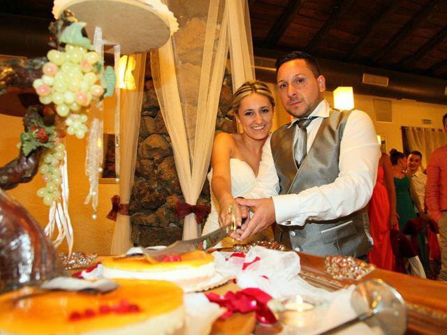 La boda de Jose y Anca en Pueblo Sant Climent De Peralta, Girona 39