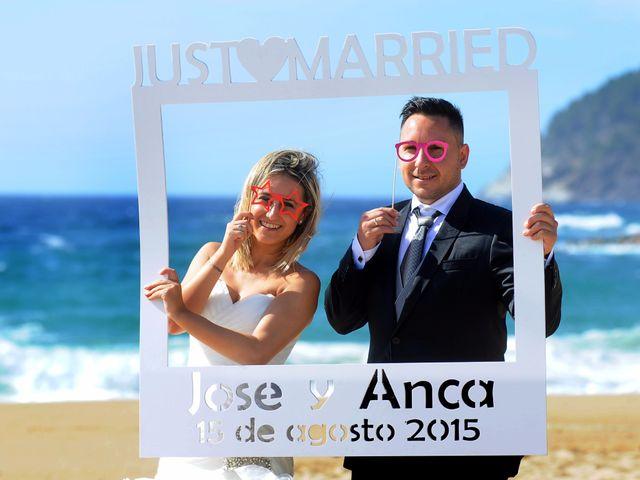 La boda de Jose y Anca en Pueblo Sant Climent De Peralta, Girona 54