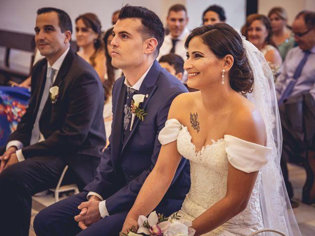 La boda de Pablo y Maria Del Mar en Adra, Almería 32