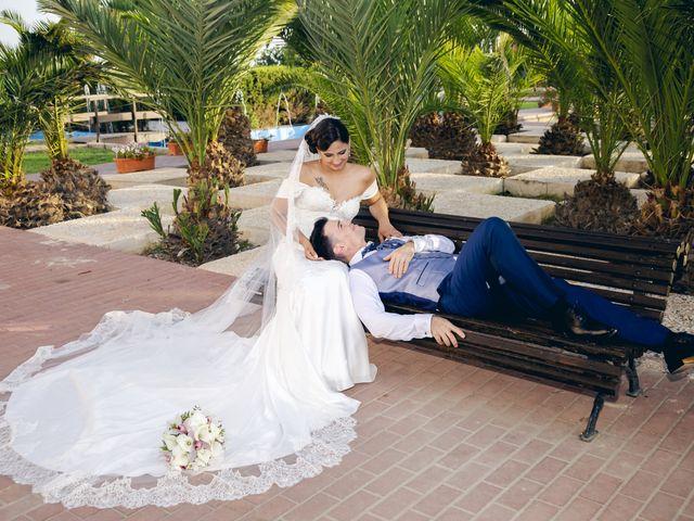 La boda de Pablo y Maria Del Mar en Adra, Almería 53