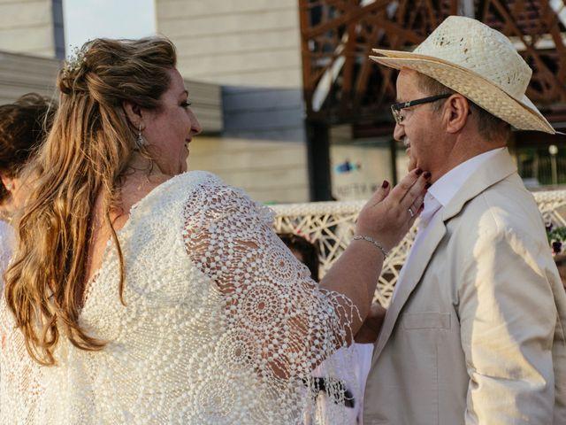 La boda de Antonio y Mari Carmen en Cádiz, Cádiz 33