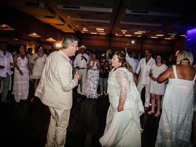 La boda de Antonio y Mari Carmen en Cádiz, Cádiz 52