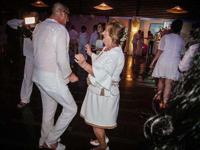 La boda de Antonio y Mari Carmen en Cádiz, Cádiz 53