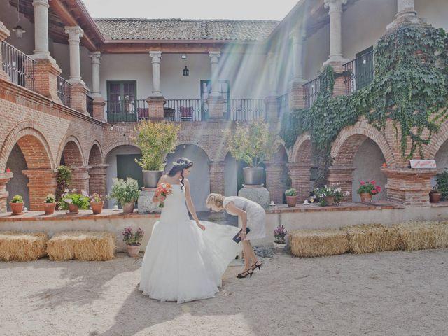 La boda de Jose y Vanessa en Hoyuelos, Segovia 27