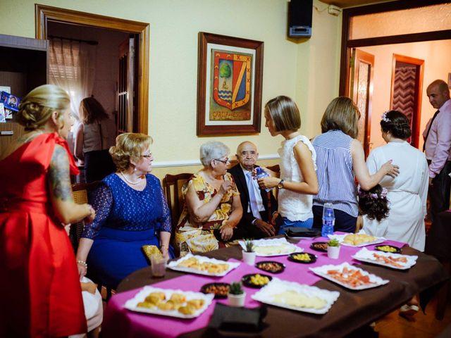 La boda de Shane y Neus en Xàtiva, Valencia 22