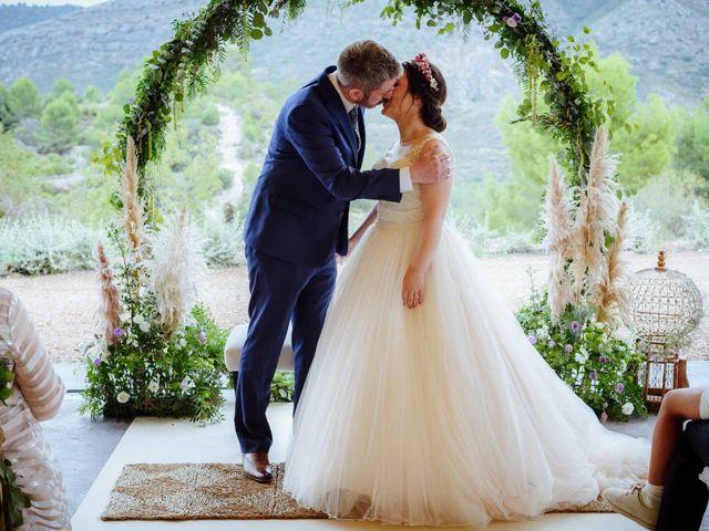 La boda de Shane y Neus en Xàtiva, Valencia 45