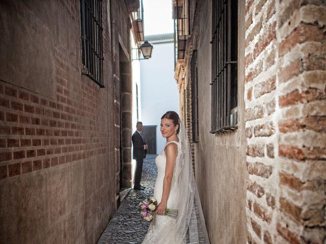 La boda de Basilio y Mari Carmen en Alhaurin De La Torre, Málaga 16