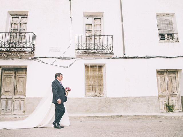 La boda de Alberto y Alicia en Tarancon, Cuenca 38