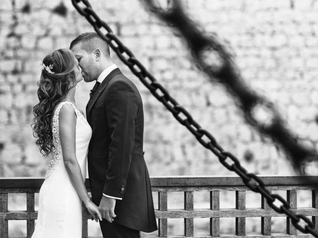La boda de Lorenzo y Beatriz  en Mocejon, Toledo 1