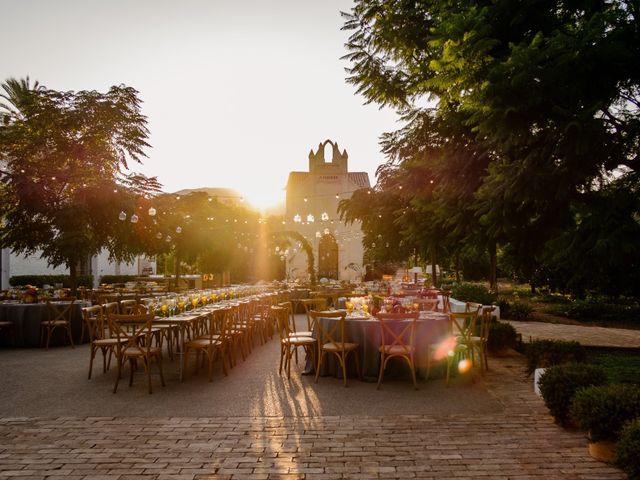 La boda de Elena y Carmelo en Valencia, Valencia 21
