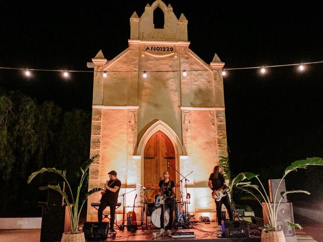 La boda de Elena y Carmelo en Valencia, Valencia 52