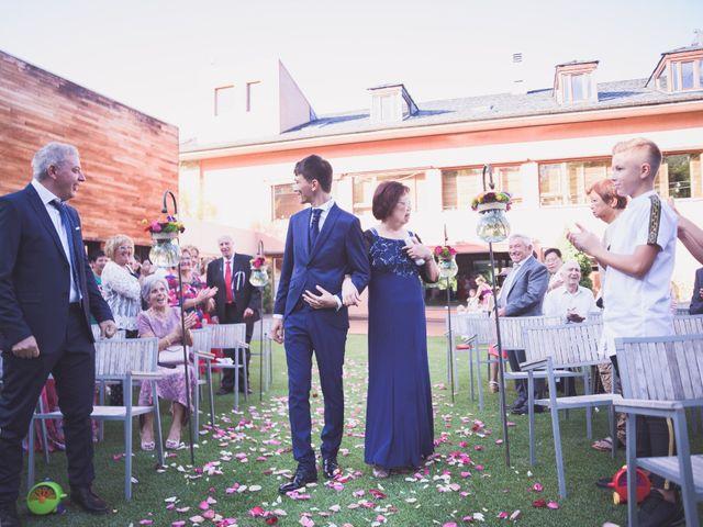 La boda de Arturo y Feli en Molinaseca, León 25