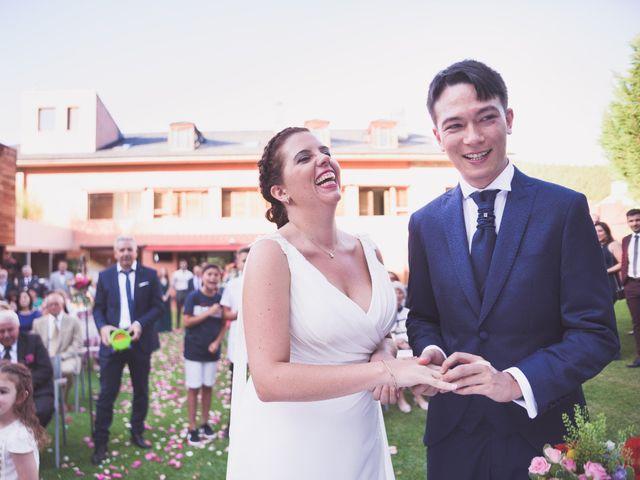 La boda de Arturo y Feli en Molinaseca, León 36