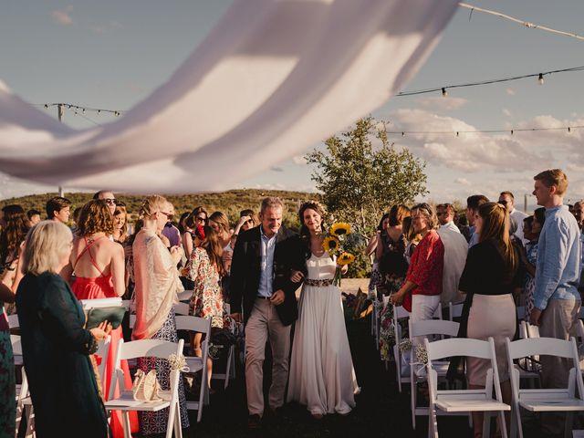 La boda de Capucine y Celia en Caracuel De Calatrava, Ciudad Real 40