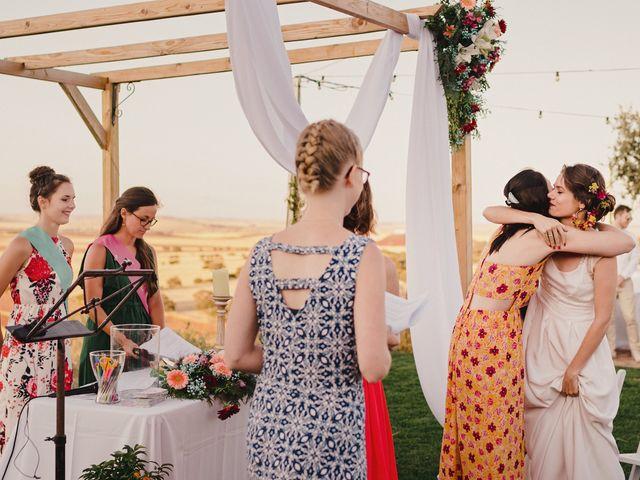 La boda de Capucine y Celia en Caracuel De Calatrava, Ciudad Real 62