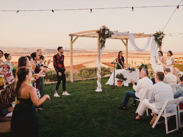 La boda de Capucine y Celia en Caracuel De Calatrava, Ciudad Real 65