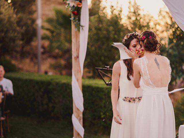 La boda de Capucine y Celia en Caracuel De Calatrava, Ciudad Real 68