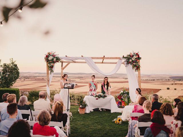 La boda de Capucine y Celia en Caracuel De Calatrava, Ciudad Real 69