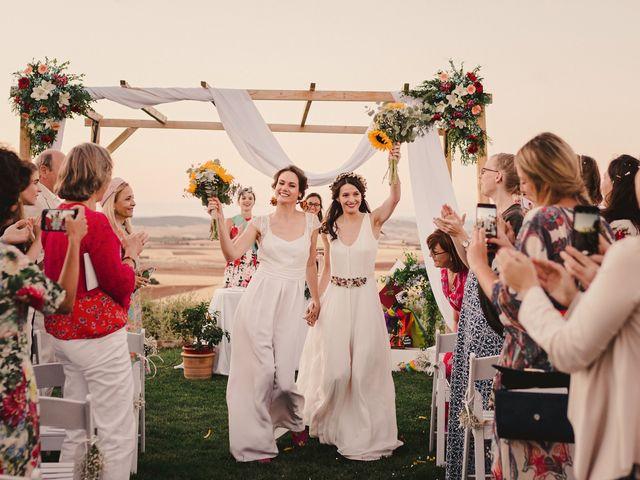 La boda de Capucine y Celia en Caracuel De Calatrava, Ciudad Real 75