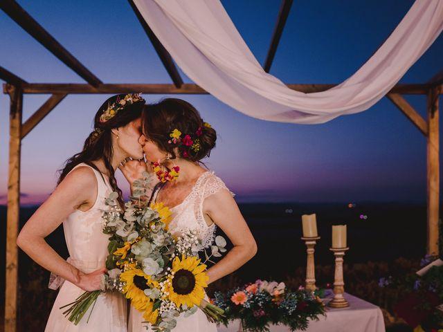 La boda de Capucine y Celia en Caracuel De Calatrava, Ciudad Real 90