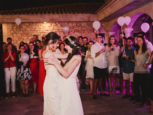 La boda de Capucine y Celia en Caracuel De Calatrava, Ciudad Real 104