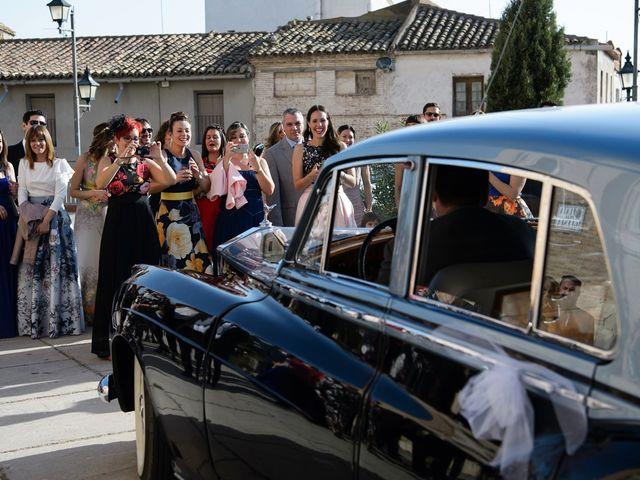 La boda de Alvaro y Laura en Zaragoza, Zaragoza 33