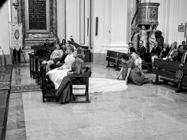 La boda de Alvaro y Laura en Zaragoza, Zaragoza 41