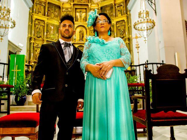 La boda de Soraya y Santi en Villafranca De Los Barros, Badajoz 22