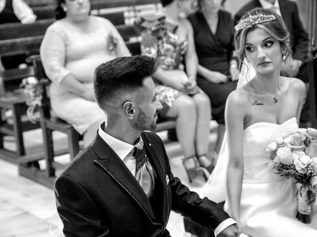 La boda de Soraya y Santi en Villafranca De Los Barros, Badajoz 31