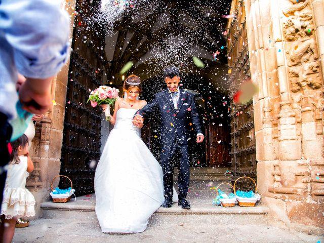 La boda de Soraya y Santi en Villafranca De Los Barros, Badajoz 35