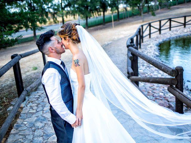 La boda de Soraya y Santi en Villafranca De Los Barros, Badajoz 41