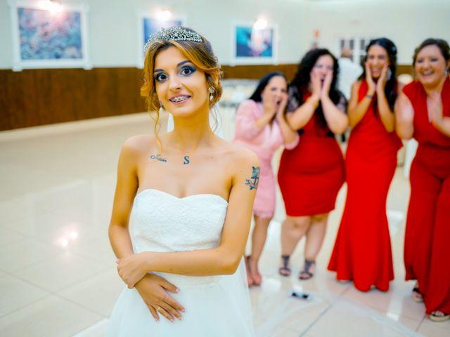 La boda de Soraya y Santi en Villafranca De Los Barros, Badajoz 47