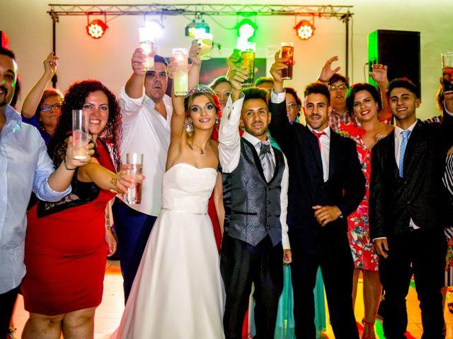 La boda de Soraya y Santi en Villafranca De Los Barros, Badajoz 53