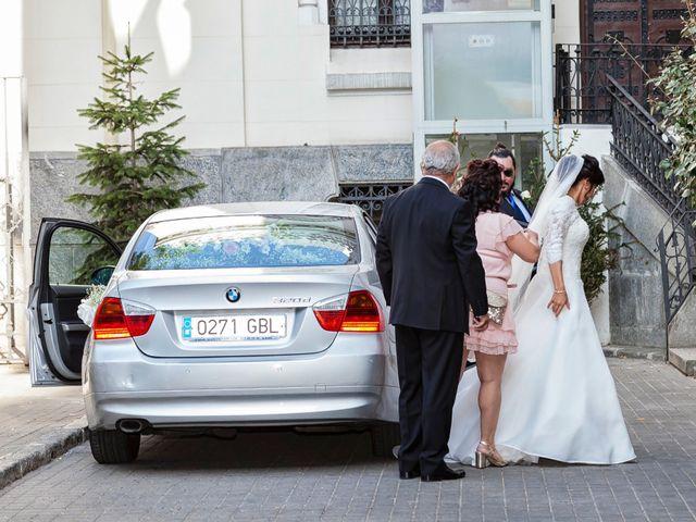 La boda de Miguel y Ana en Madrid, Madrid 11