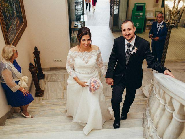 La boda de Gabriel y Azahara en Castelló/castellón De La Plana, Castellón 9