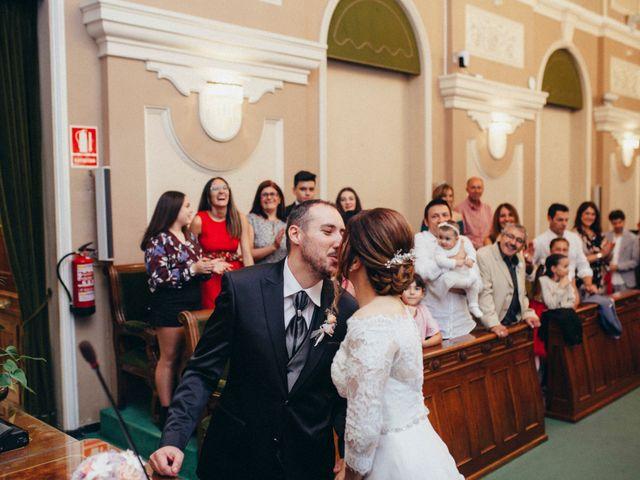 La boda de Gabriel y Azahara en Castelló/castellón De La Plana, Castellón 8