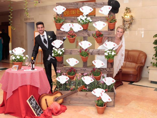 La boda de Jose Antonio y Reyes en Beas De Segura, Jaén 12