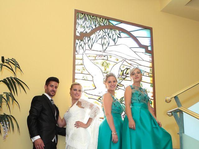 La boda de Jose Antonio y Reyes en Beas De Segura, Jaén 13