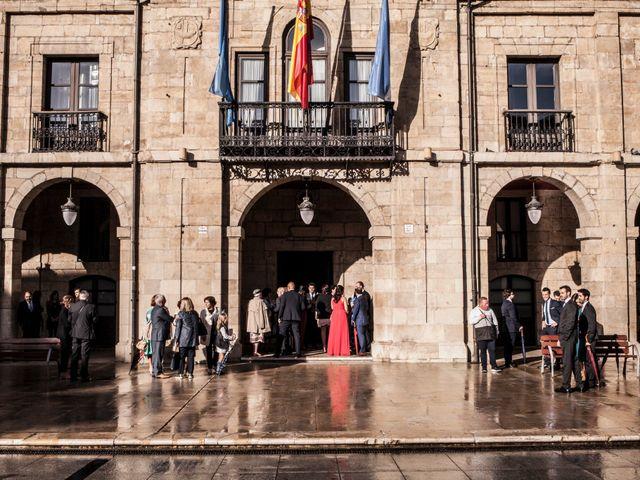 La boda de Luis y Andrea en Avilés, Asturias 20
